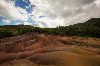 chamarel-mauritius-seven-coloured-earths